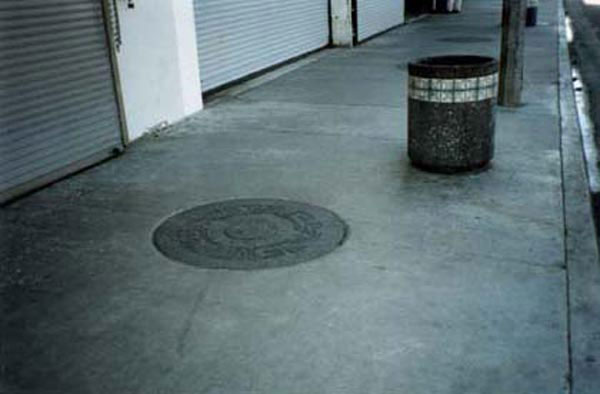 https://www.graffiticontrol.com/wp-content/uploads/2011/04/sidewalk2_before.jpg