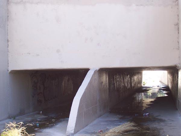 https://www.graffiticontrol.com/wp-content/uploads/2011/04/wc2_before.jpg